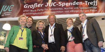Die Premiere des Spendentreffs 2014. Der Spendentreff 2016 findet an diesem Donnerstag im Fordstore Lüttgen statt