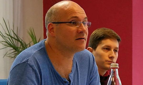 Mirko Kommenda und Benedikt Bräunlich bei den Haushaltsberatungen der SPD