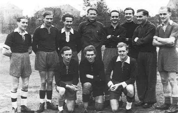 Handballer der TS im Jahr 1947