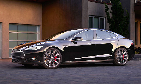 Reiner Elektroantrieb bei Tesla. Werksfoto Tesla