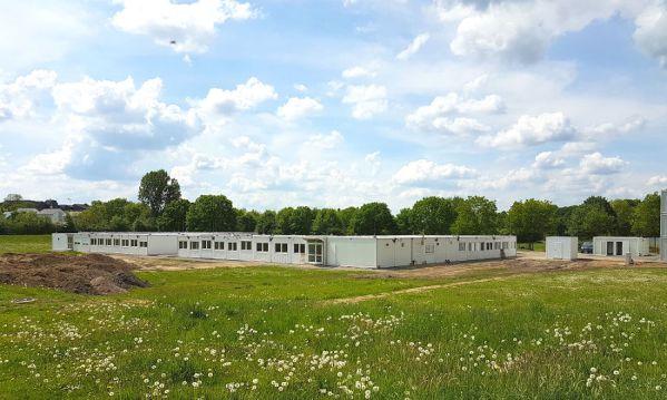 Die Containerunterkunft hinter der IGP in Bergisch Gladbach-Paffrath