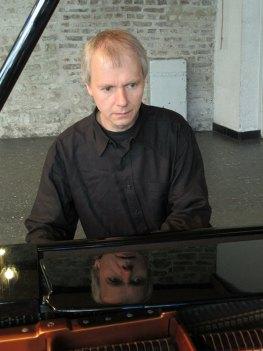 Roland Vossebrecker