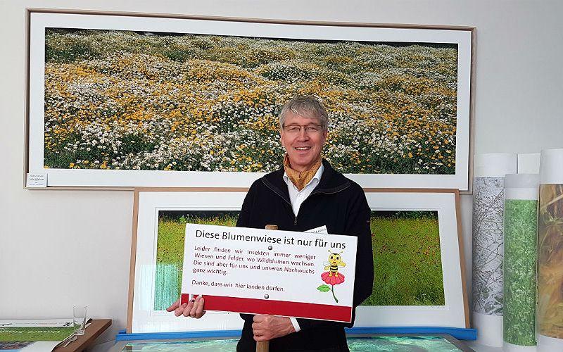 Markus Bollen ist Fotograf und Hobby-Imker. Er hat das Bienenweiden-Projekt in Bergisch Gladbach initiiert.