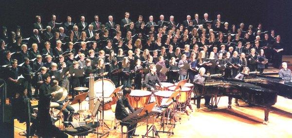 "2011 führte der Kirchenchor St.-Nikolaus ""Carmina Burana"" auf."