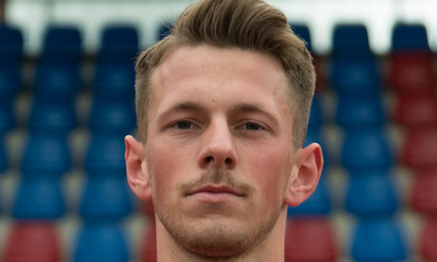 Etienne Kamm spielt für den SV 09 in der Regionalliga West. Foto: Elmar Knops