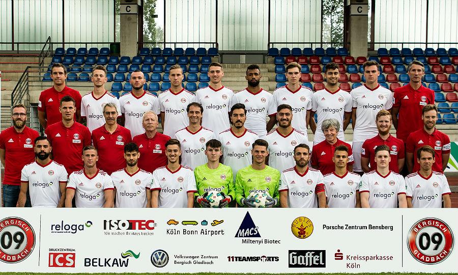 Die Mannschaft des SV Bergisch Gladbach 09 in der Regionalliga West 2019 / 2020. Foto: Elmar Knops