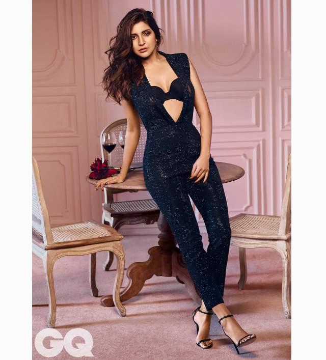 Anushka Sharma hot photos sexy instagram bikini pics