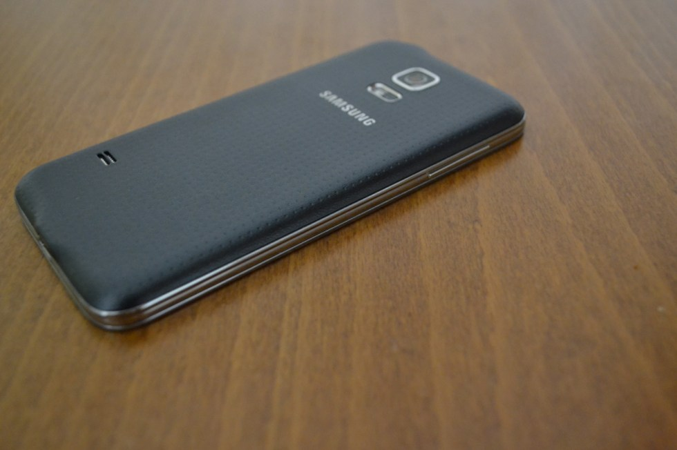 galaxy-s5-mini-in2mobile-thickness