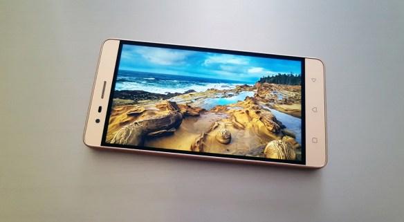 "Lenovo Vibe K5 Note Review: ""Δυνατό"" και οικονομικό"