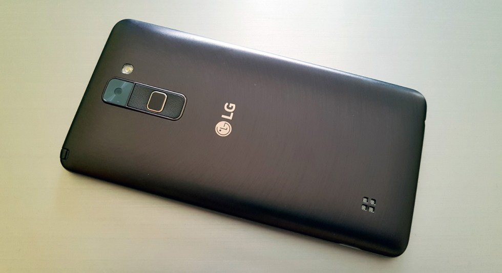 lg-stylus-2-in2mobile-back (4)