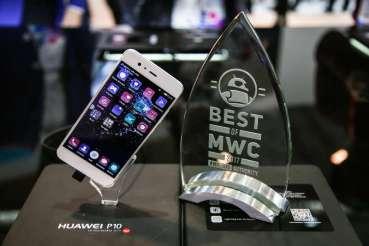 Σαρώνει τα βραβεία στο MWC 2017 η Huawei
