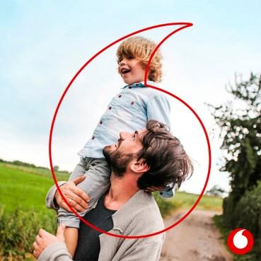 Vodafone : Νέα πολιτική στήριξης της πατρότητας