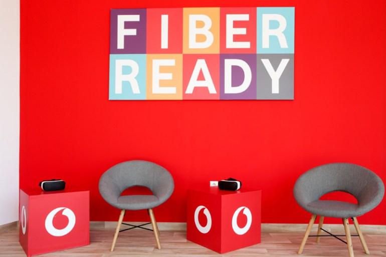 Vodafone: Από τον Βύρωνα ξεκίνησε στην Αθήνα η εμπορική διάθεση του δικτύου FTTH