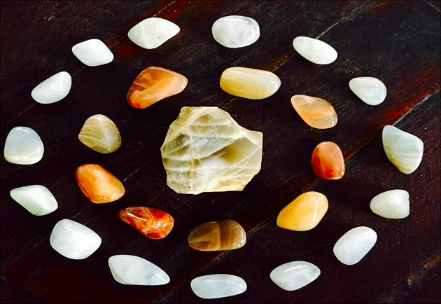 A Beginner Mystic's Guide To Gemstones With Healing Properties
