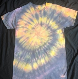 AIR ELEMENT LIGHT PASTEL SUNSET Quantum Tie Dye Shirt Medium