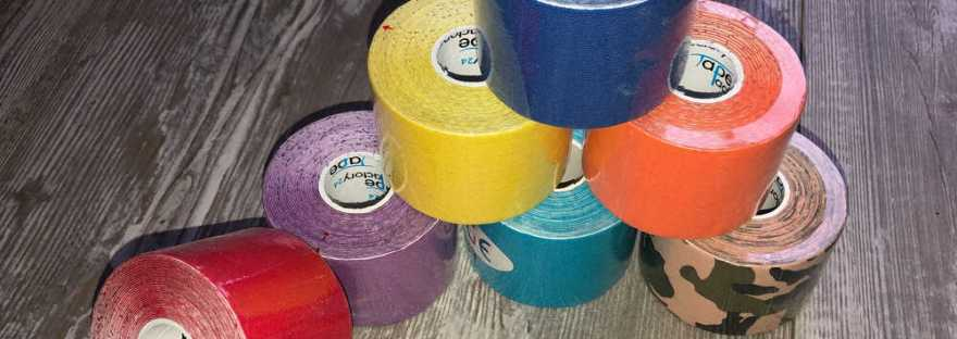 Kinesio Tapes gibt es in verschiedenen Farben