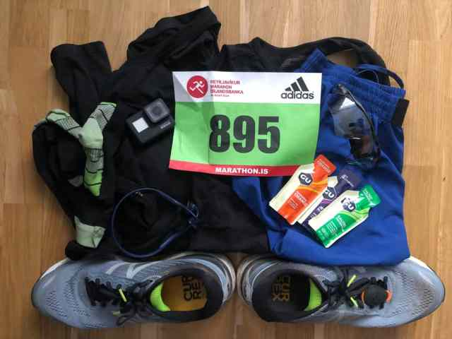 Startunterlagen und Laufsachen für den Reykjavik Marathon 2019