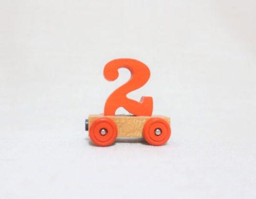 台車の上に2の数字