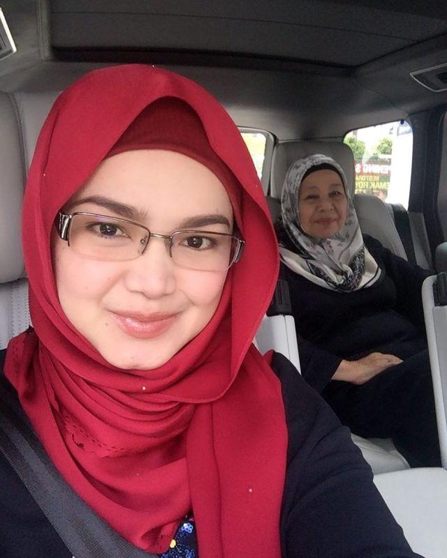 7 29 Katanya Lagi Hamil, Seperti ini nih 7 Penampilan Terbaru Siti Nurhaliza. Mau liat