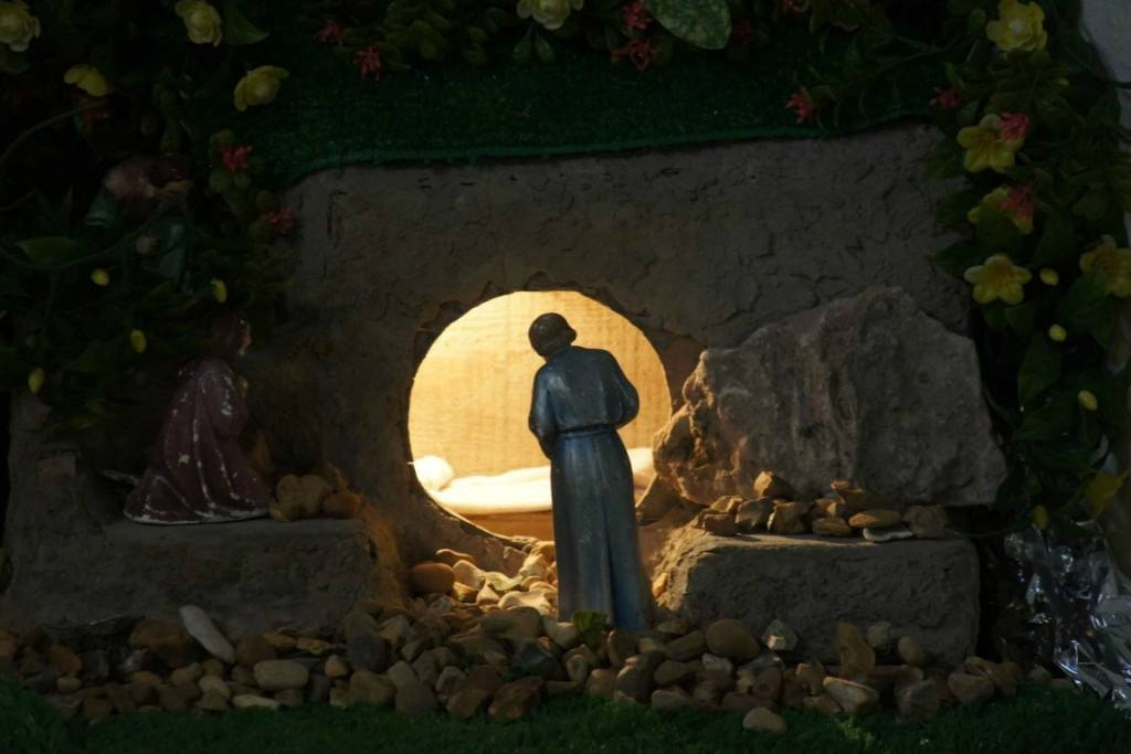 """Featured image for """"Easter: She Called Him """"Rabboni"""""""""""