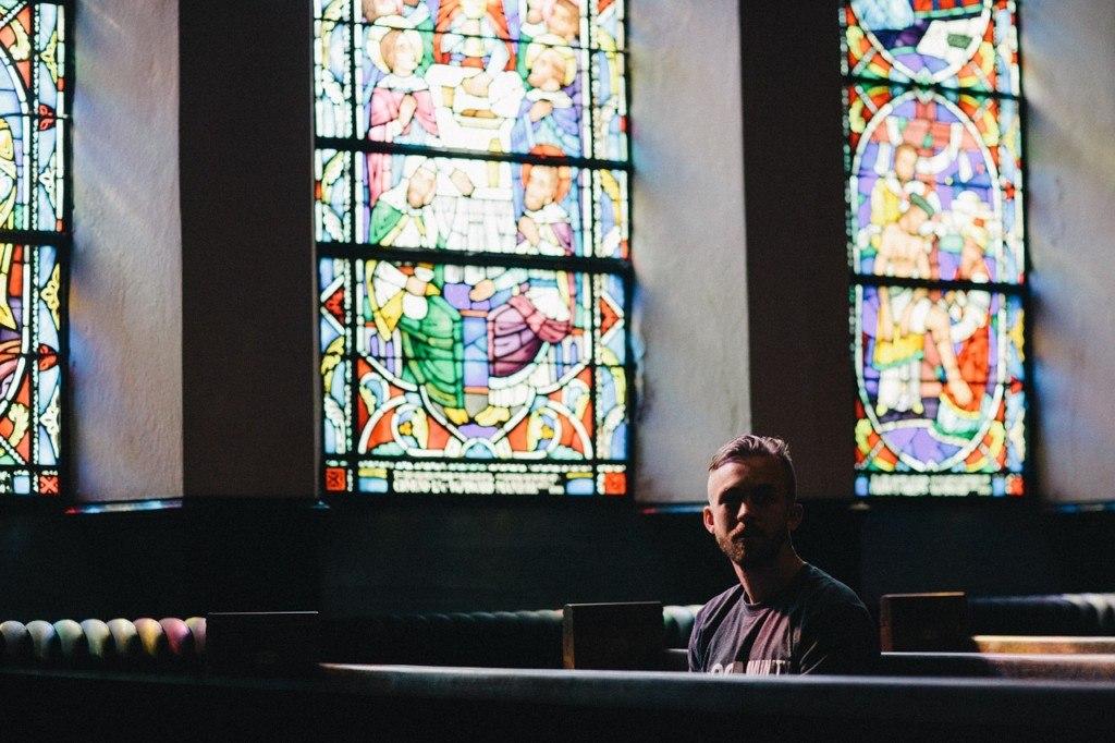 De profundis: Lament in Worship