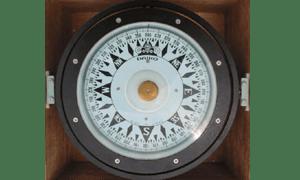Kegunaan kompas di kapal