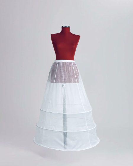crinolina pentru rochie de mireasa cu 3 cercuri