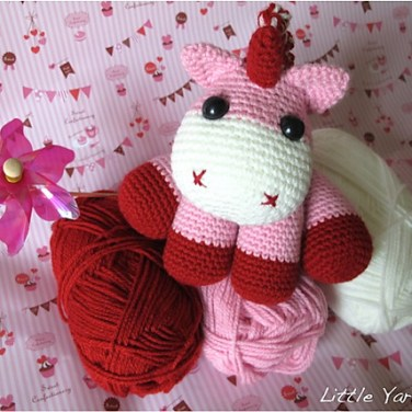 http://www.ravelry.com/patterns/library/lil-baby-unicorn