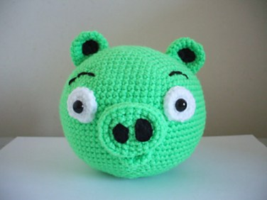 http://www.ravelry.com/patterns/library/angry-birds---pig
