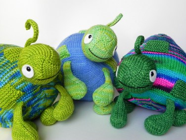 http://www.ravelry.com/patterns/library/turtle-turtle