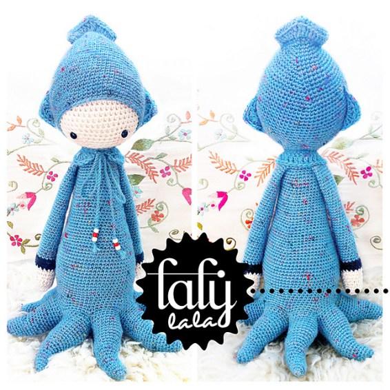 http://www.ravelry.com/patterns/library/oleg---lalylala-crochet-pattern-n-viii---octopus-squid-cuttlefish