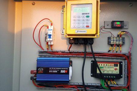 Flow meter tenaga surya
