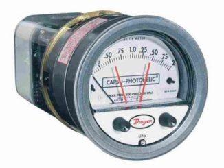 Series 43000 Capsu-Photohelic® Pressure Switch/Gage