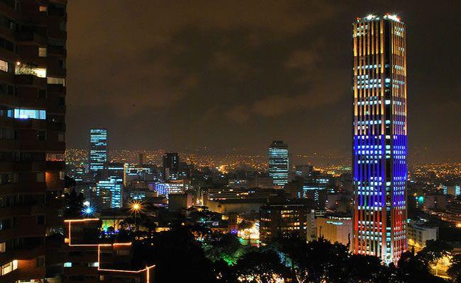 LED-edificios-luz-ejemplos