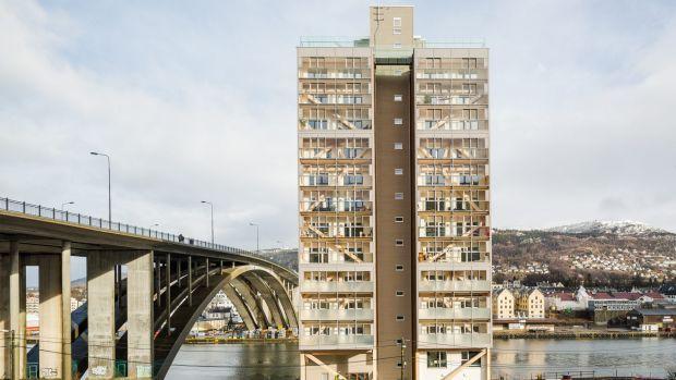 edificio-madera-alto-mundo