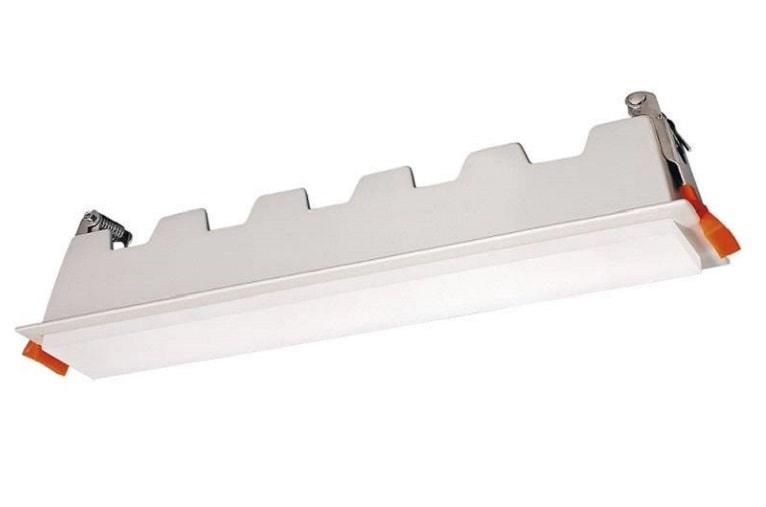 LED-Downlight-Blanco-rectangular-Alexia-ideal-para-cocinas-espacios-de-circulacion