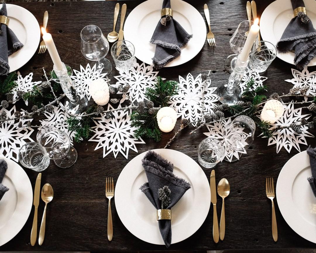 ina stil inastil Tischdekoration Weihnachten Weihnachtsessen Weihnachtssterne Festessen Dekoration christmastime WeihnachtszeitDSCF0839