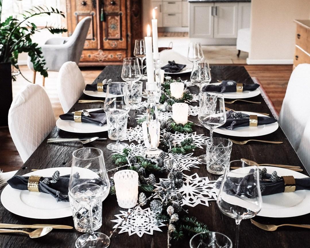 Ideen Fur Eine Weihnachtliche Tischdekoration Schlicht Und Schon