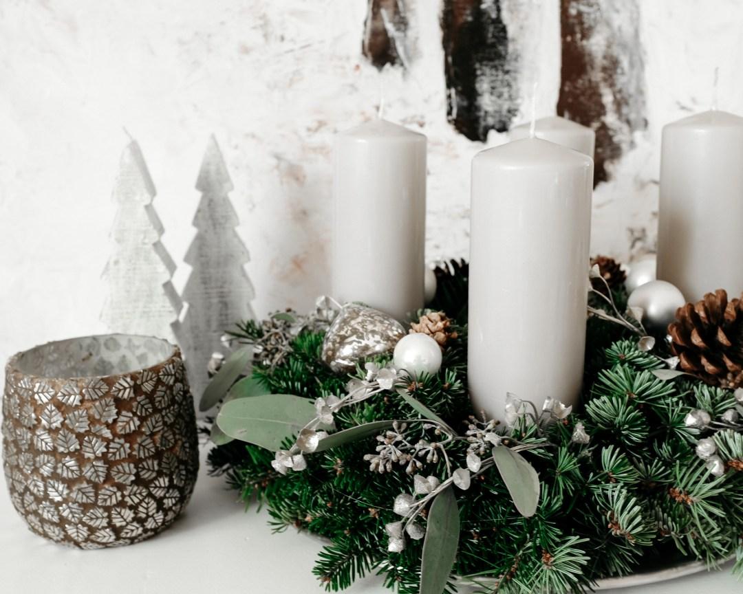 ina stil inastil advent keksebacken garten schnee adventkranz weihnachtsdekoration inspiration kerzen eukalyptus winterzauber winterwonderland christmastime weihnachtszeitDSCF0710