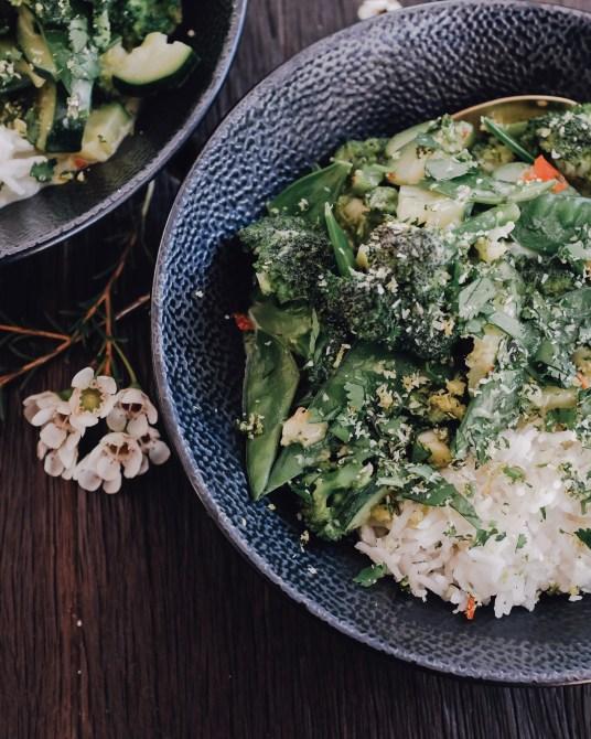 inastil, leichtes Rezept, grünes Curry, Helthyfood, Winterdekoration, liefe in balance, donna hay, Kokoscurry, espresso-cashew-shake, power-shake-10