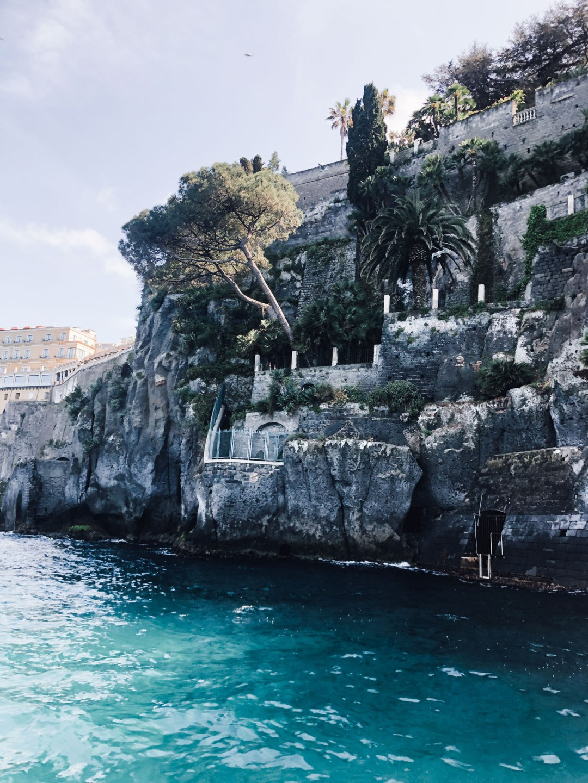 inastil, amalfikueste, urlaub, italien, sorrent, amalfi, positano, capri, luxusurlaub, cabrio, roadtrip, over50blogger, sommermode, ue50style, reiseblogger, reisebericht, traveldiary, reisetipps-57