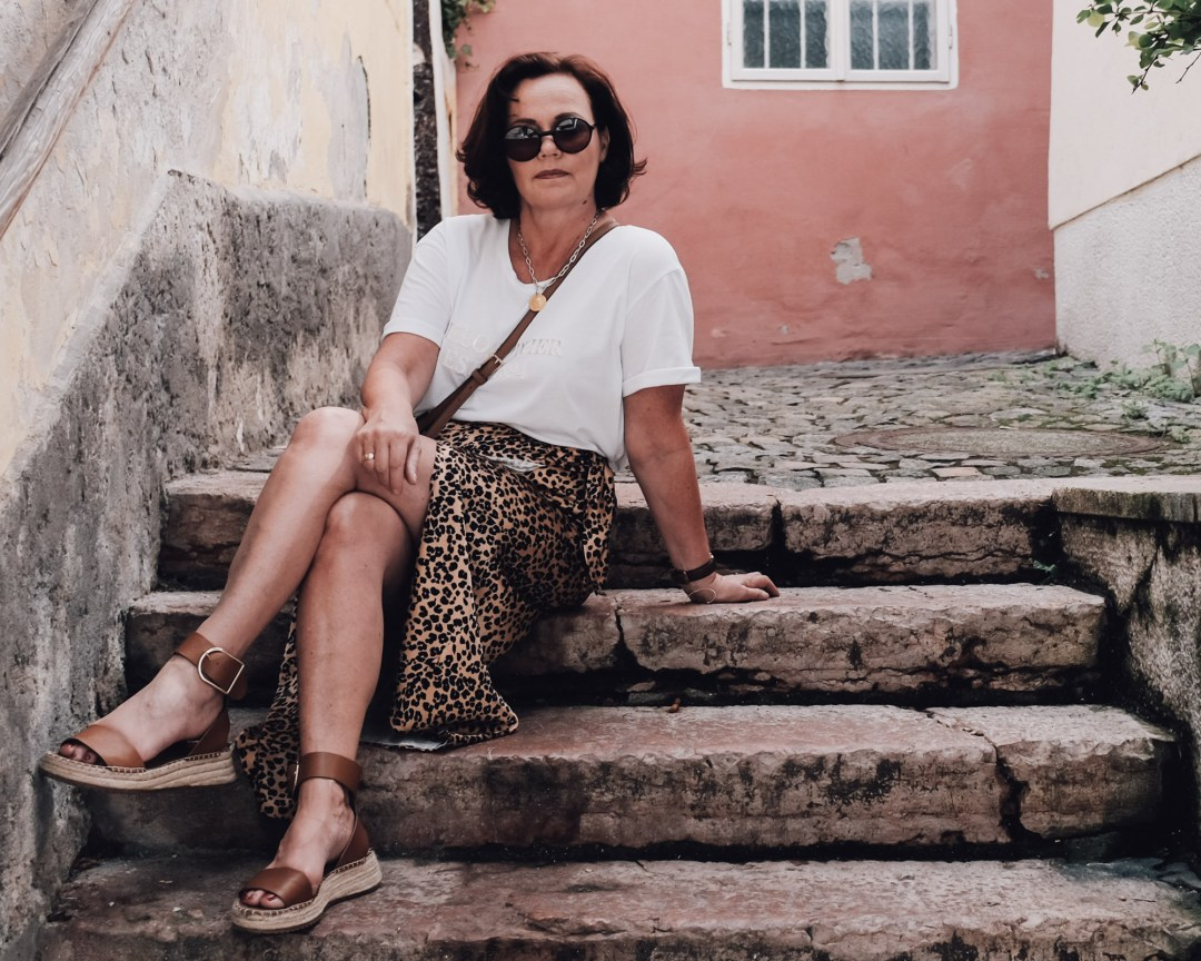 inastil, over50blogger, over50fashion, 50plusblogger, leoprint, leorock, sommermode, stilberatung, modeberatung, sommermode, wickelrock, fashioninspiration otherstories-18