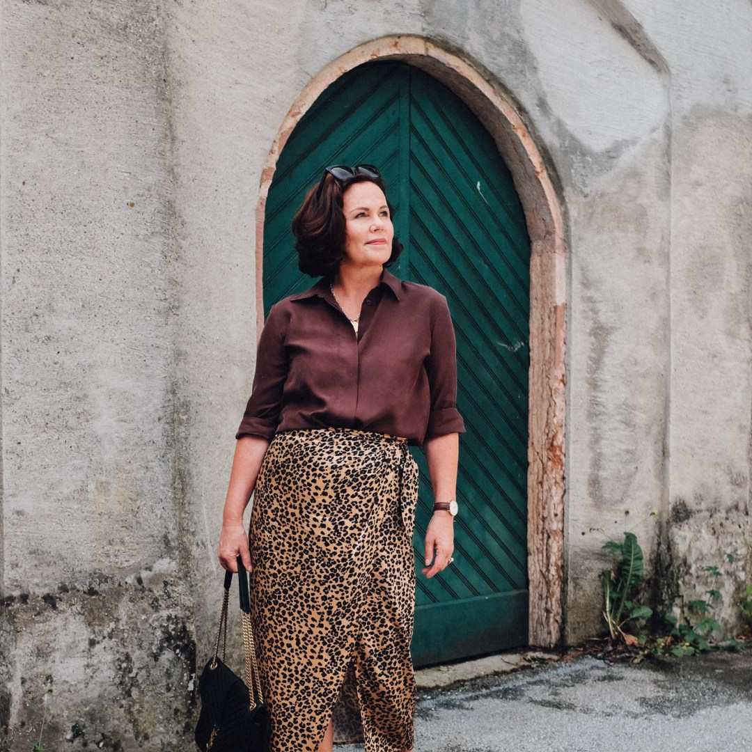 inastil, over50blogger, over50fashion, 50plusblogger, leoprint, leorock, sommermode, stilberatung, modeberatung, sommermode, wickelrock, fashioninspiration otherstories-4