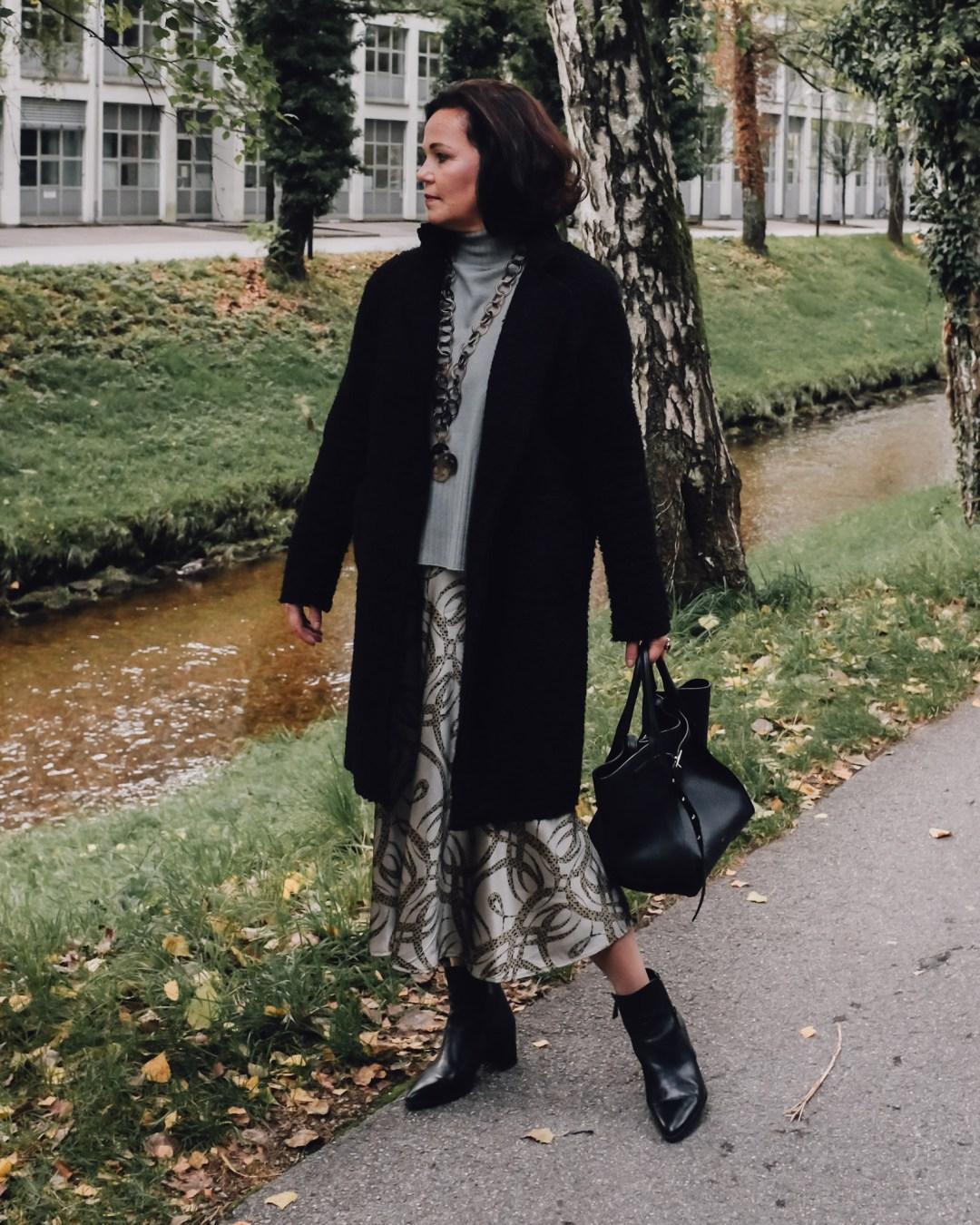Inastil, Hermbstmode, Rock, Salbeigrün, Mintgrün, Autumnfashion, Modeberatung, Ue50Mode, Üe50blogger, Modeblogger