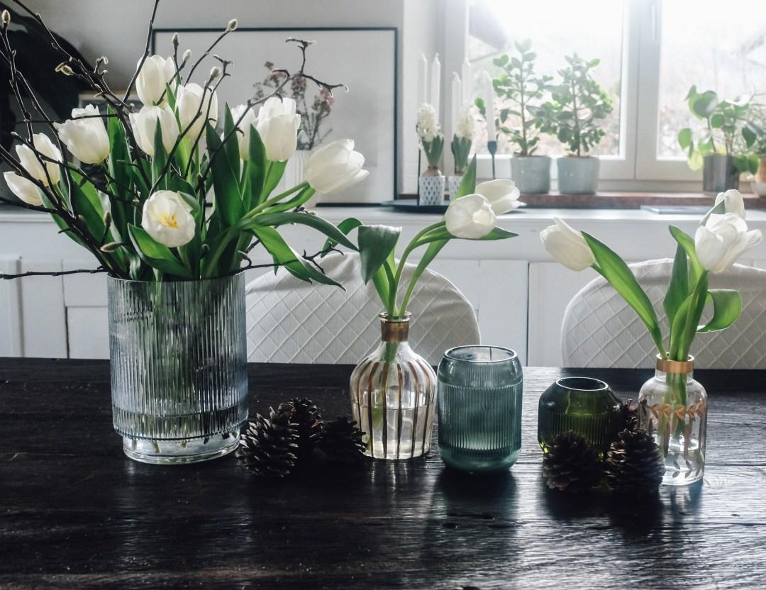 Inastil, Tulpen, weiße Tulpen, Winterdekoration, Gemüse, ohne Fleisch, leichte Küche, healthyfood, Tischdekoration, fleischlos, white tulips-12