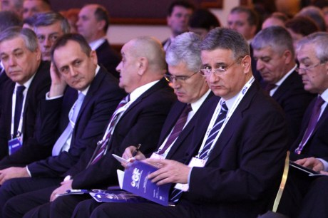 Pan-Croatian Economic Forum 2013 Front row right: Tomislav Karamarko, President of HDZ Photo: Goran Mehkek/Cropix