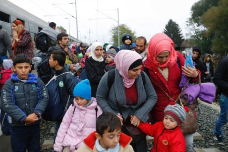 Syrian migrants in camp Opatovac in Croatia - Saturday 17 October 2015 Photo: Reuters/Marko Durica
