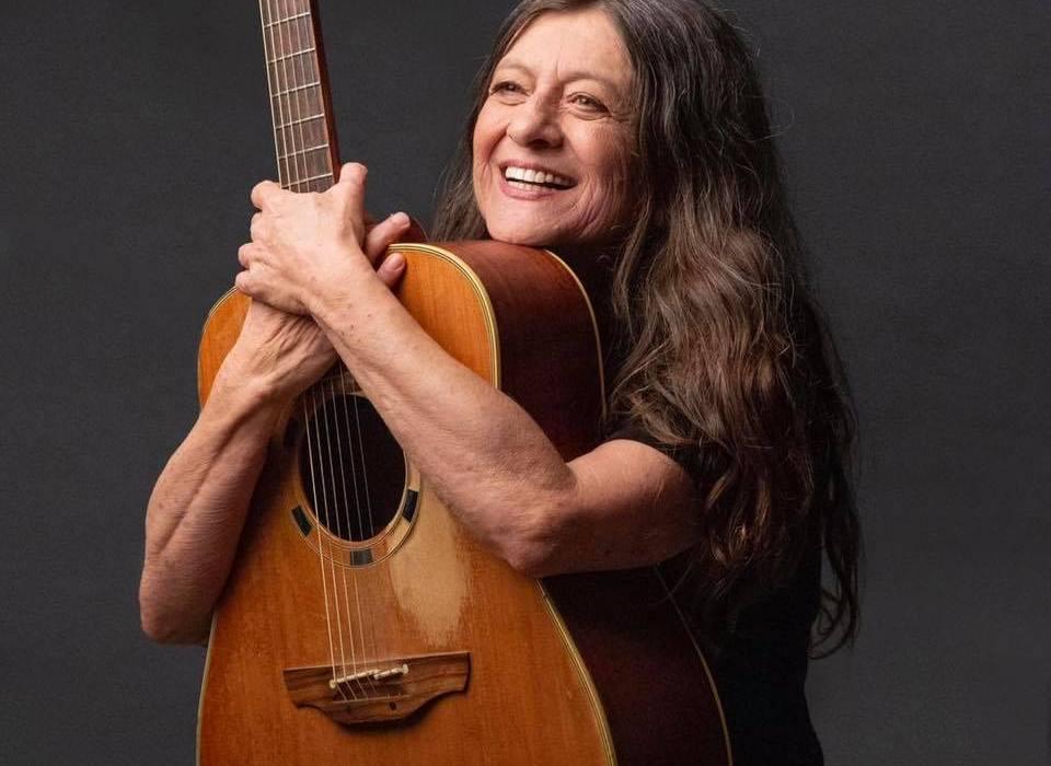 קורין אלאל סדנת כתיבה והלחנה בסטודיו ברי רוז