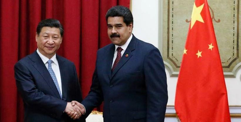 Därför stödjer Kina Nicolás Maduro under krisen i Venezuela