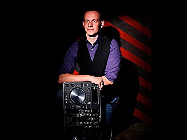 DJ Cap. Steven